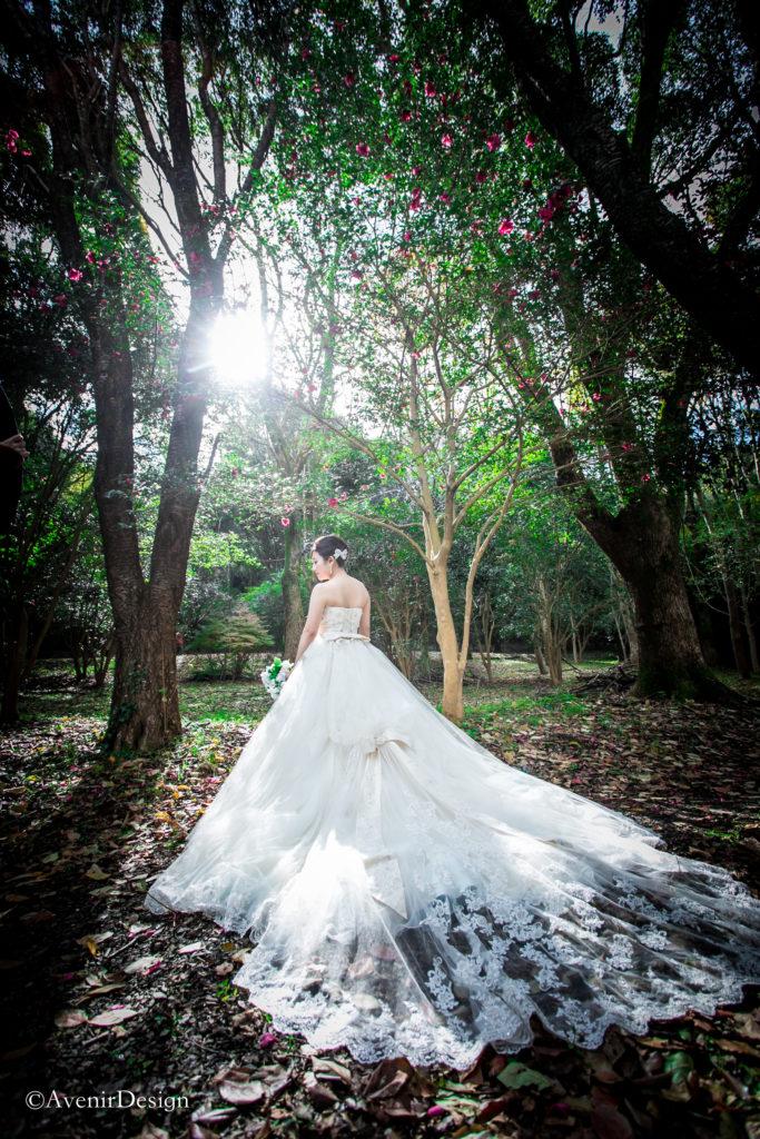 ウェディングドレス|森の中